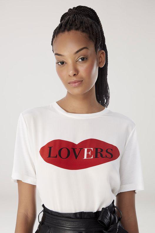 59120148_2450_2-T-SHIRT-DE-MALHA-OFF-WHITE-ESTAMPA-LOCALIZADA-LOVERS