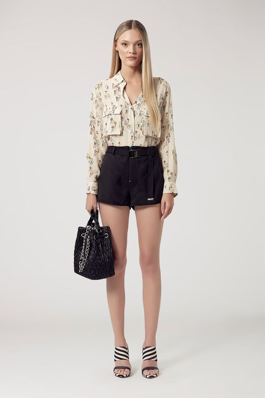 25052186_0005_1-SHORTS-TENCEL-SAROUEL