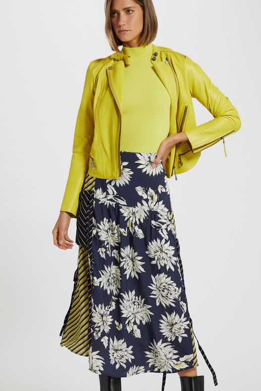 25012489_4245_2-SAIA-DE-VISCOSE-MIDI-ESTAMPA-MIX-FLORAL-VIRGINIA-LISTRA